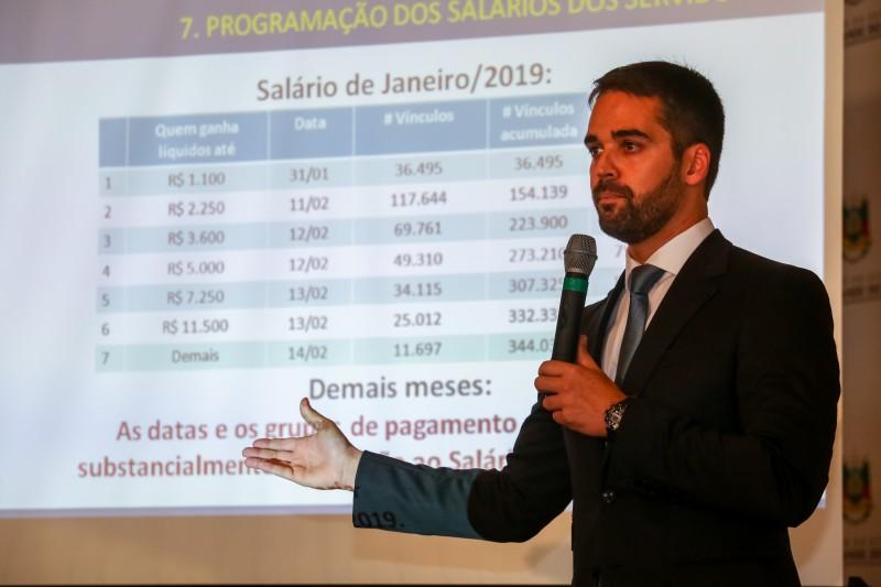 Governador Eduardo Leite cumpre agenda na Serra nesta quinta-feira