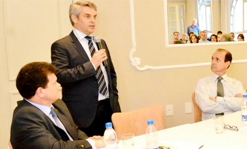 Garibaldense é o novo número dois do Ministério das Relações Exteriores