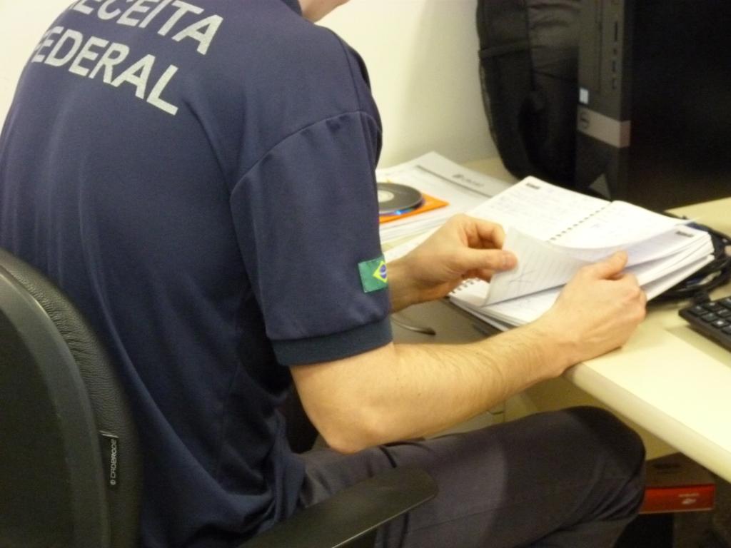 Receita e Polícia Federal cumprem mandado de busca e apreensão em Caxias