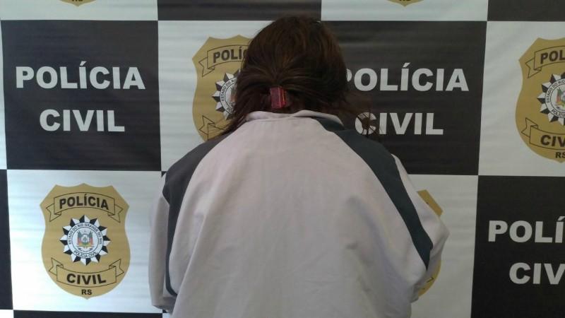 Mulher é presa por posse irregular de arma de fogo em Caxias do Sul