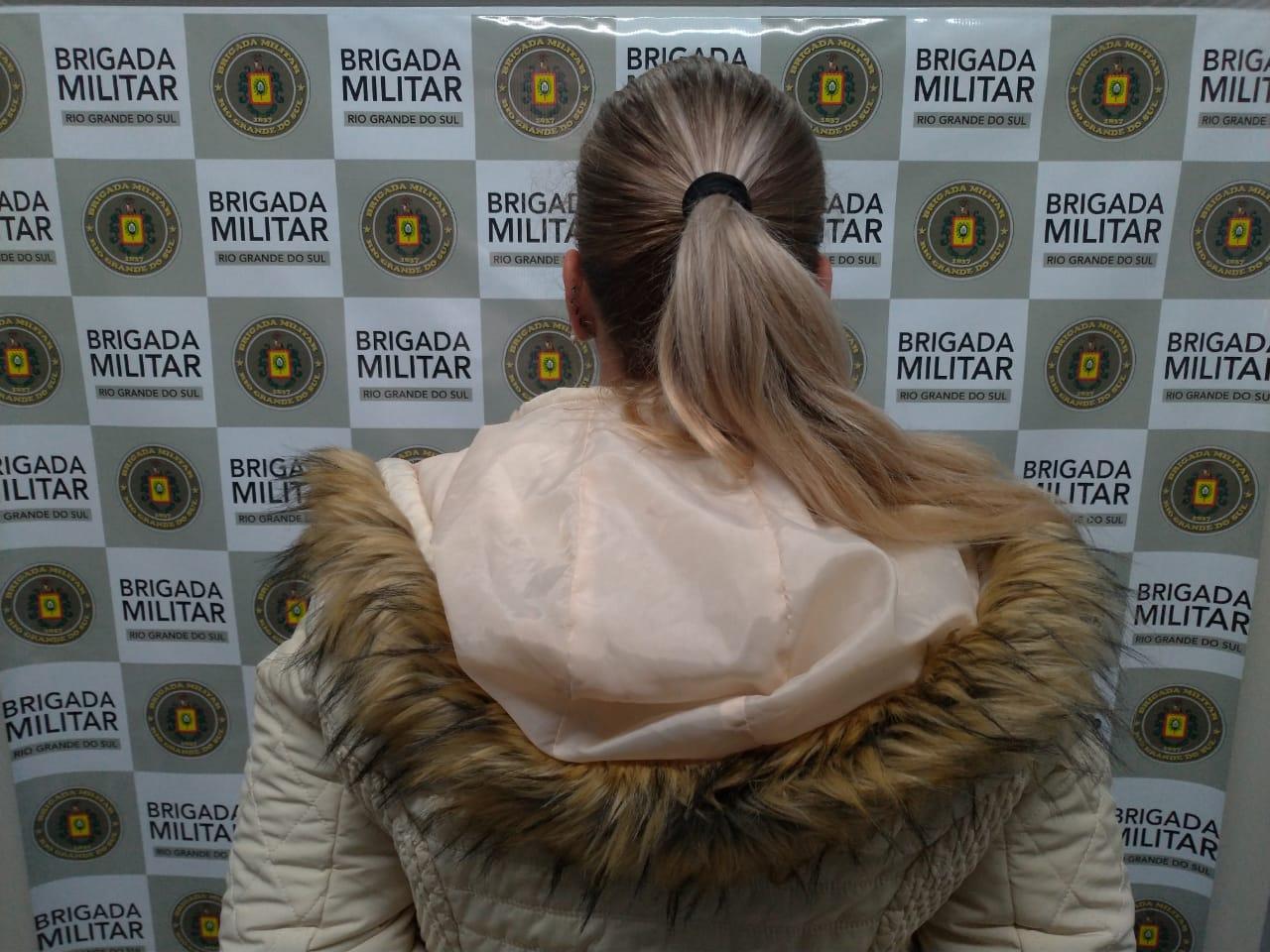 Mulher é presa por tráfico de drogas em Carlos Barbosa