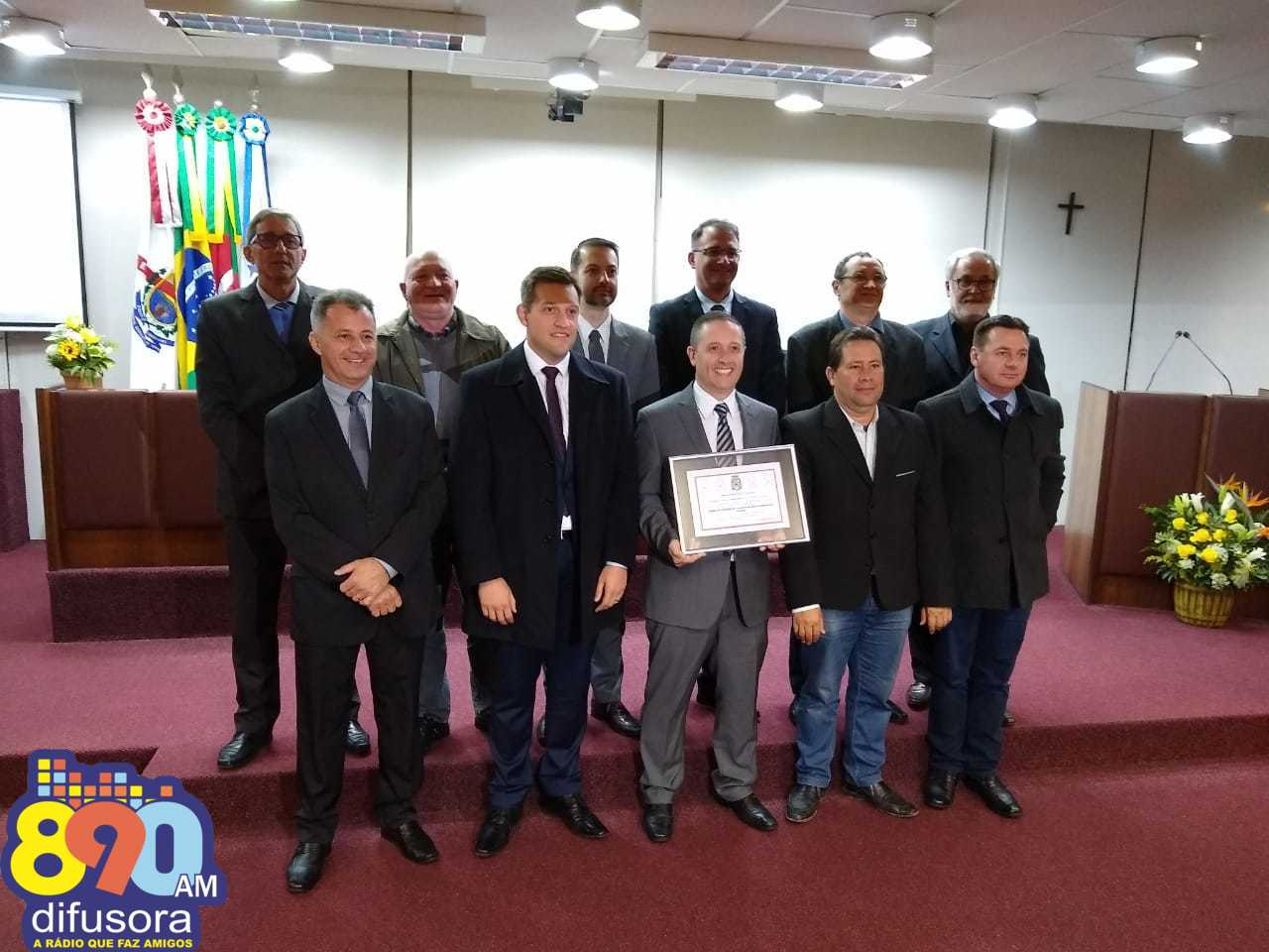 CDL/BG é homenageada pela Câmara pelos 50 anos de atuação em prol do comércio
