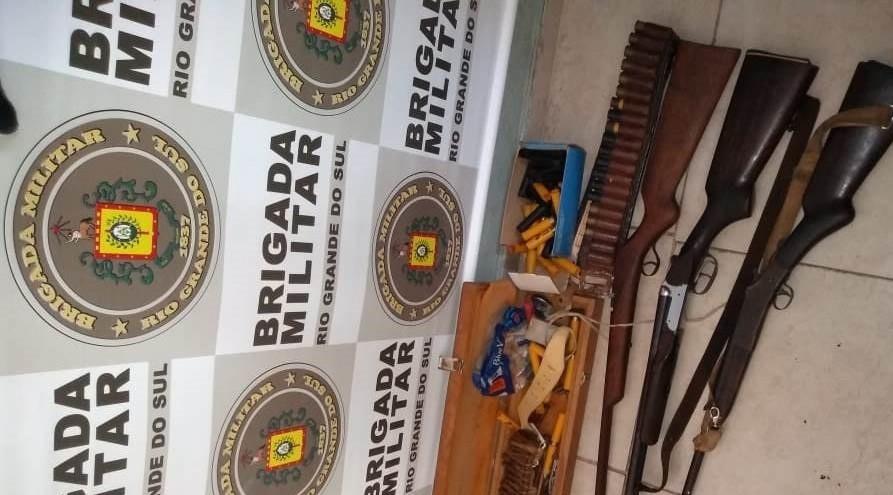 Homem é preso pela Brigada no interior de Farroupilha por posse irregular de arma