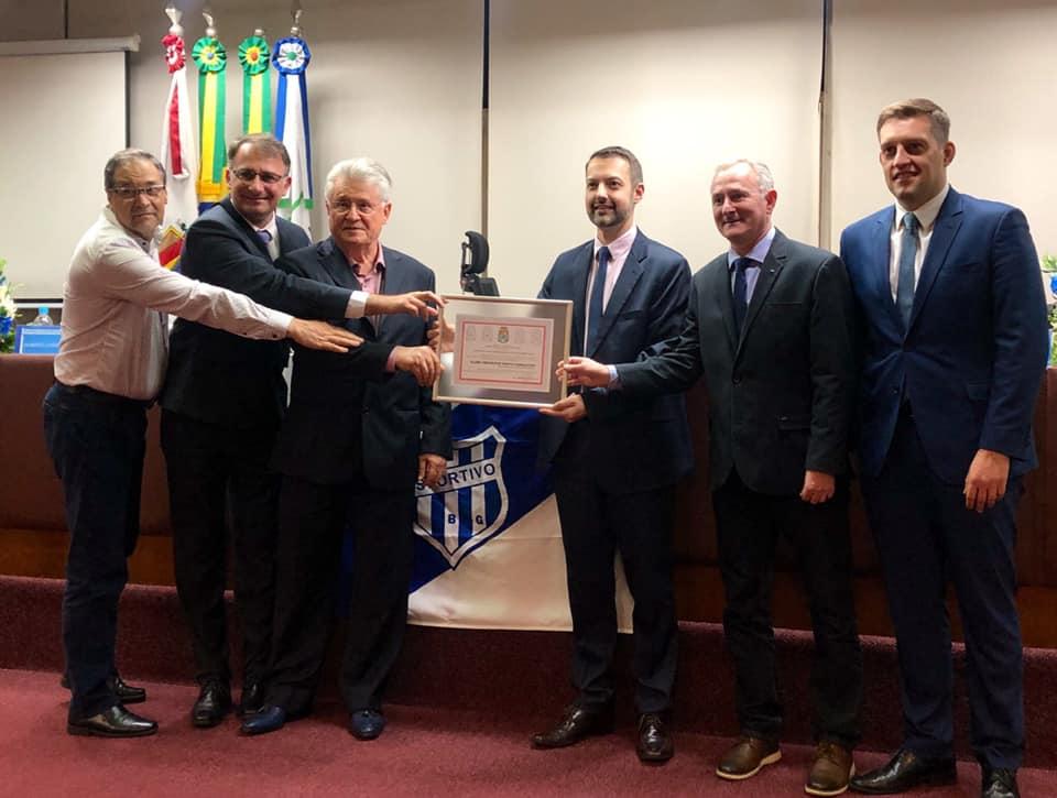 Câmara de Bento homenageia o Clube Esportivo pelos 100 anos de história