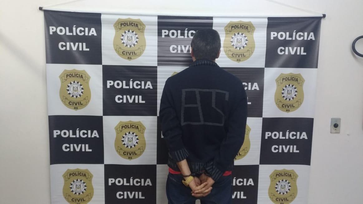 Indivíduo acusado de roubo à residência é preso pela Polícia em Farroupilha