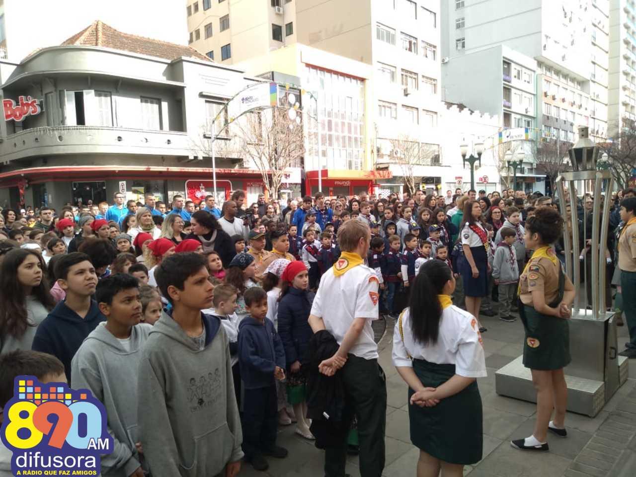 Ato no centro de Bento marca a abertura oficial da Semana da Pátria