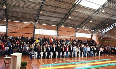 Concentração Cívica com valorização à pátria é realizada em Monte Belo