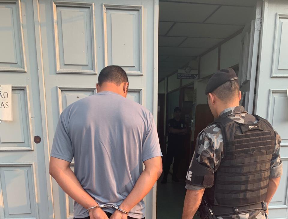 POE prende procurado da justiça no bairro São Roque em Bento