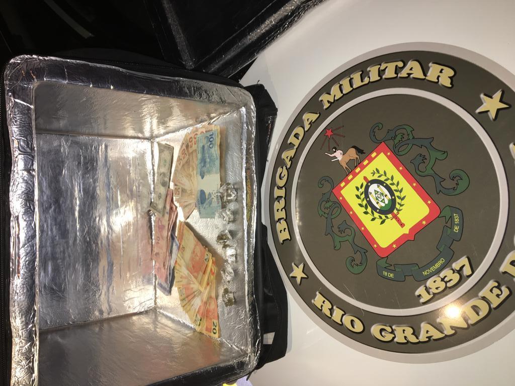 PATAMO da BM prende homem por tráfico de drogas no Juventude em Bento
