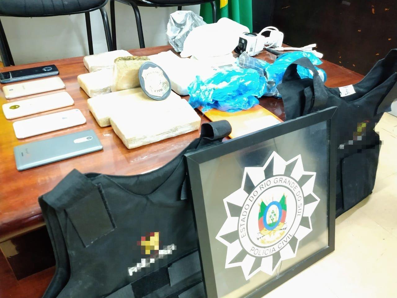 Operação da Polícia prende homem e apreende 3,5 kg de drogas em Bento