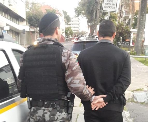 Foragido é recapturado no bairro São Roque em Bento