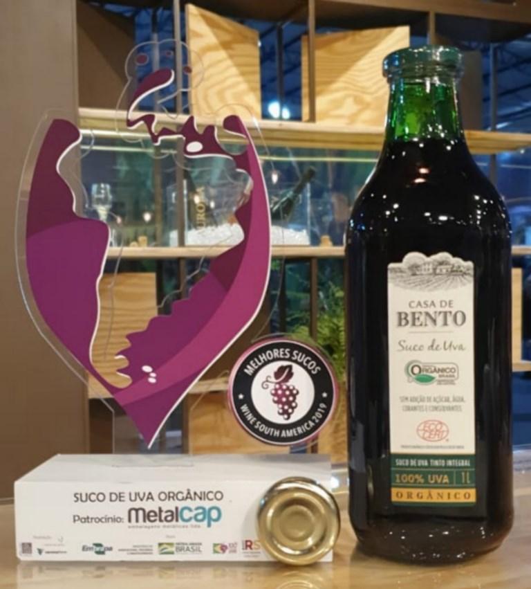 Vinícola Aurora comemora premiação com o Suco de uva Casa de Bento Orgânico