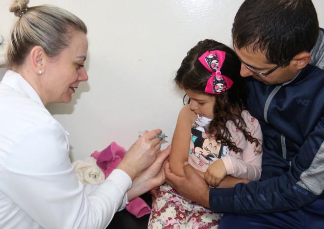 Últimos dias para crianças receberem vacina contra o sarampo em Garibaldi