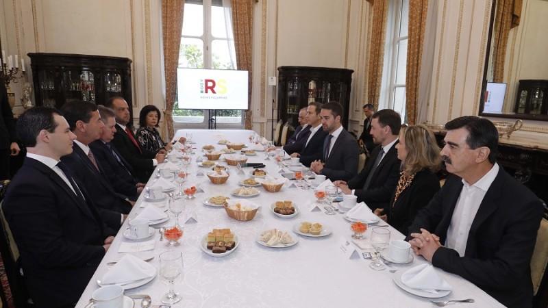Governador se reúne com chefe de Poderes para discutir propostas da reforma estrutural do Estado