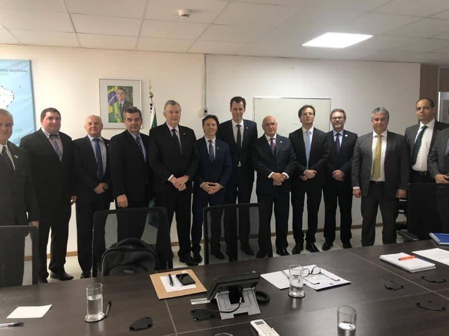 Lasier Martins comemora acordo para construção de aeroporto na Serra Gaúcha