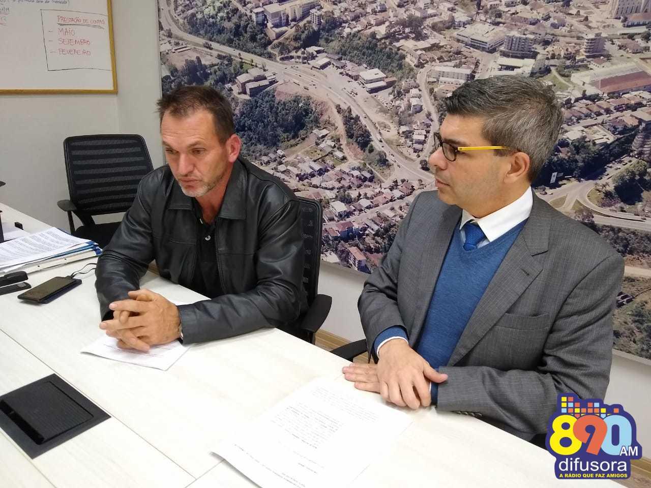 Defesa do vereador Moacir Camerini pede a suspensão do processo de cassação