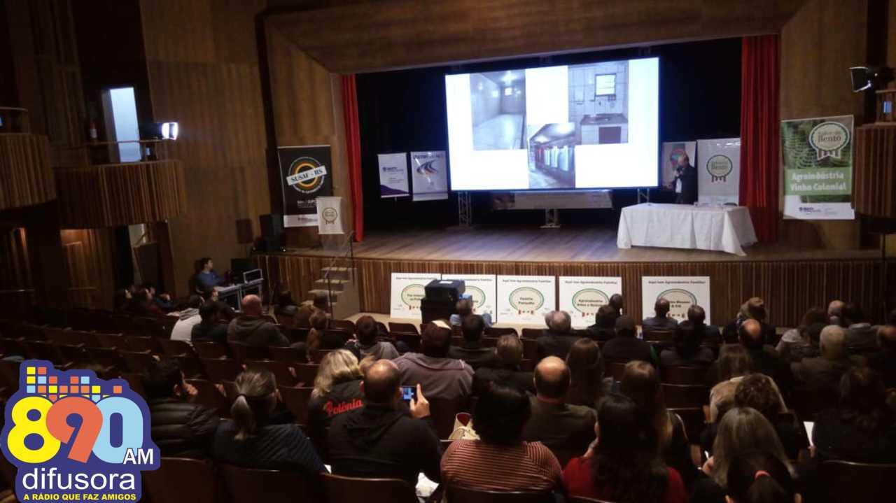 II Seminário Regional de Agroindústria Familiar reúne produtores em Bento