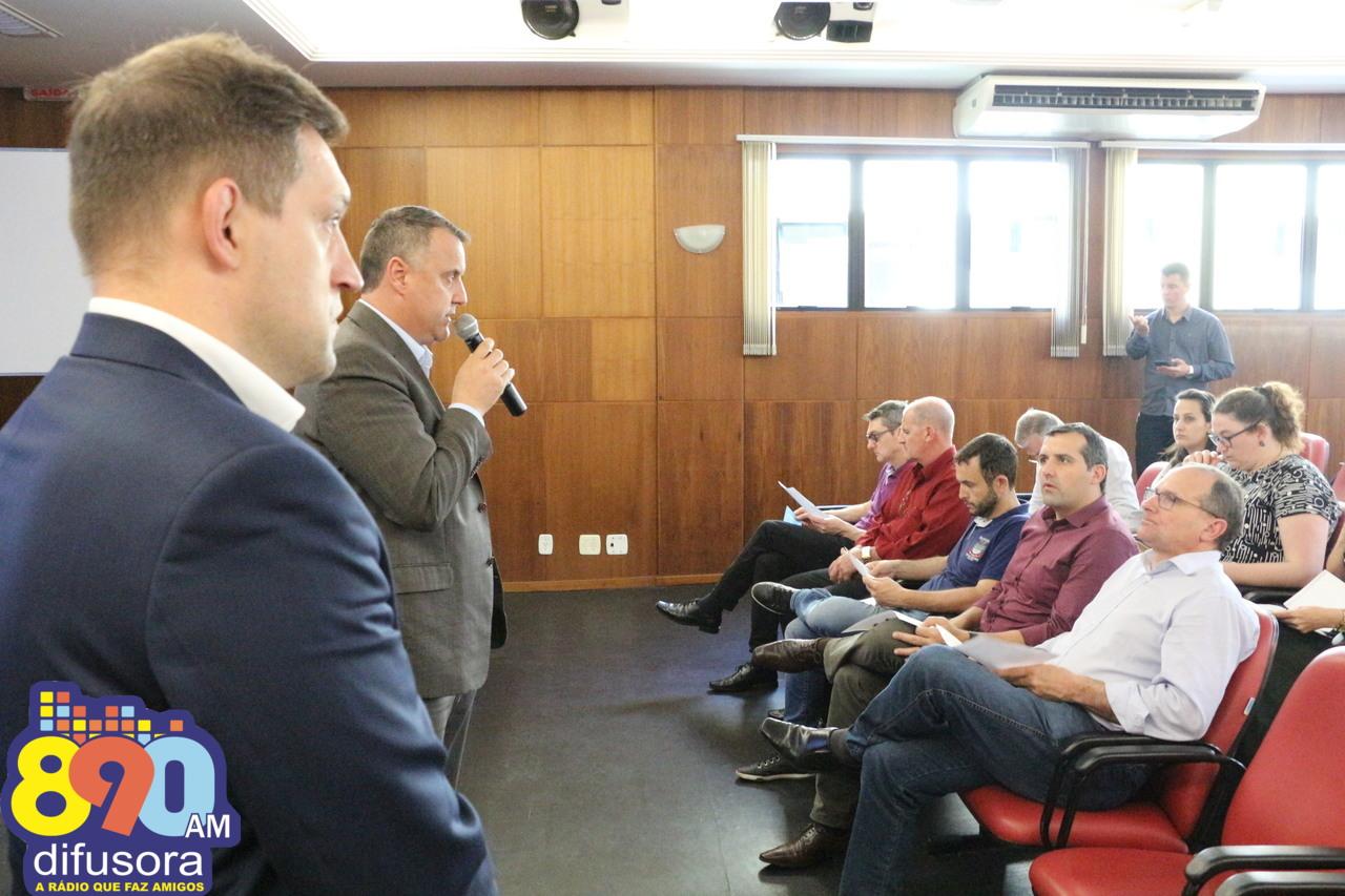 Ação em Carlos Barbosa reúne prefeitos da Amesne e questiona PEC 45/2019