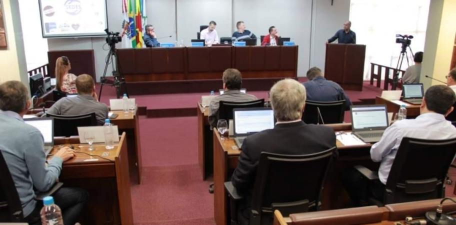 Vereadores de Bento aprovam unificação de Secretarias Municipais