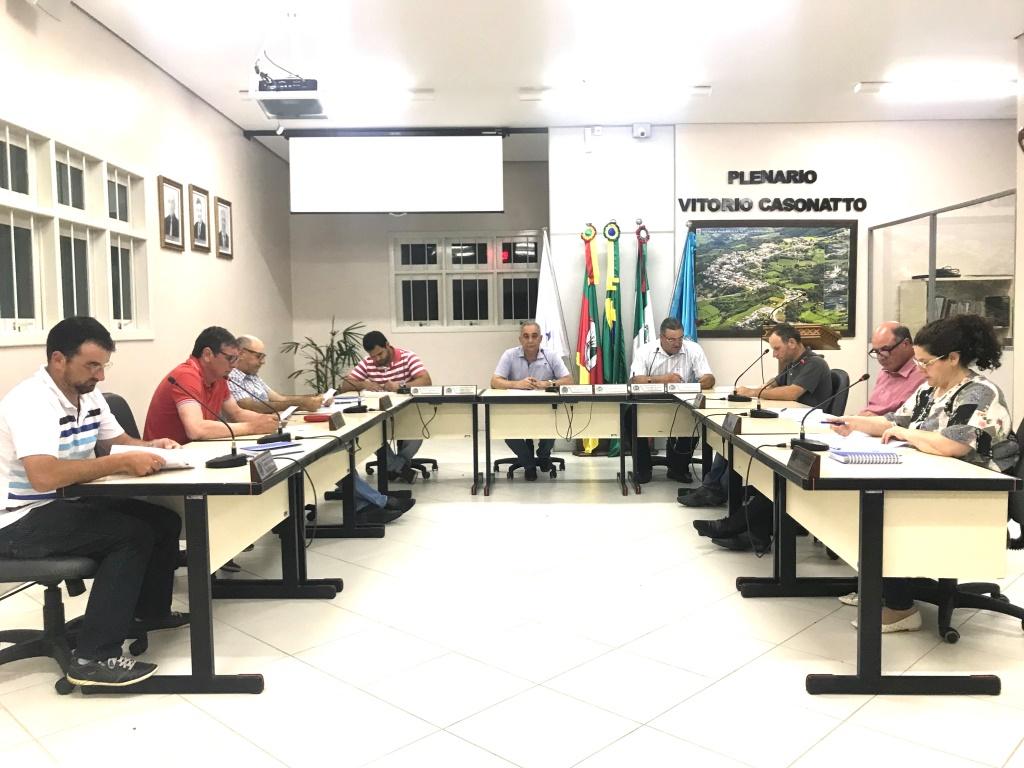 Vereadores de Monte Belo do Sul aprovam projeto para contratação de Técnico de Enfermagem