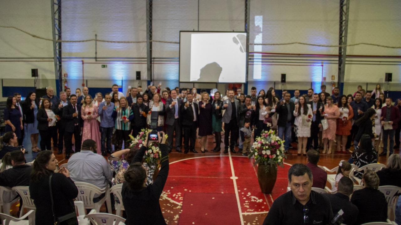 Mais de 40 casais dizem sim no Casamento Comunitário realizado em Bento