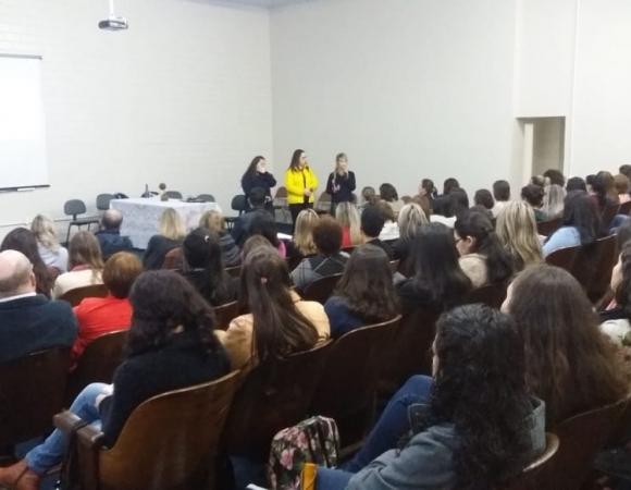 Secretaria promove III Seminário de Atenção Integral à Saúde dos Adolescentes em Bento