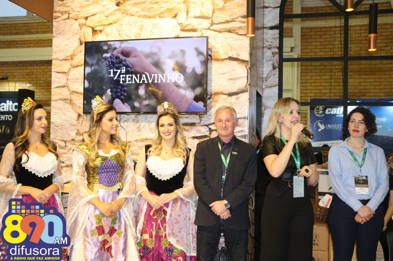 17ª Fenavinho e 30ª ExpoBento são apresentadas no Festuris em Gramado