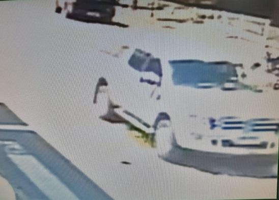 Polícia divulga imagens de veículo do suspeito da morte de empresário em Bento