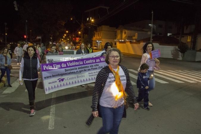 Caminhada Luminosa pelo Fim da Violência contra a Mulher é nesta terça em Bento