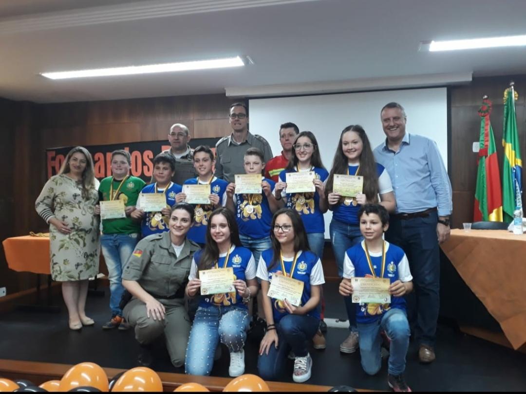3º BPAT forma cerca de 500 alunos no PROERD em cidades da região