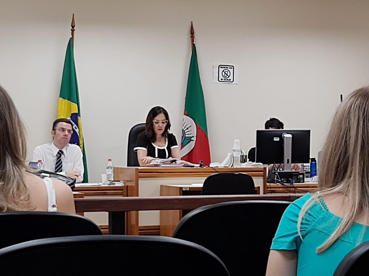 Acusado de homicídio é absolvido em julgamento realizado em Bento