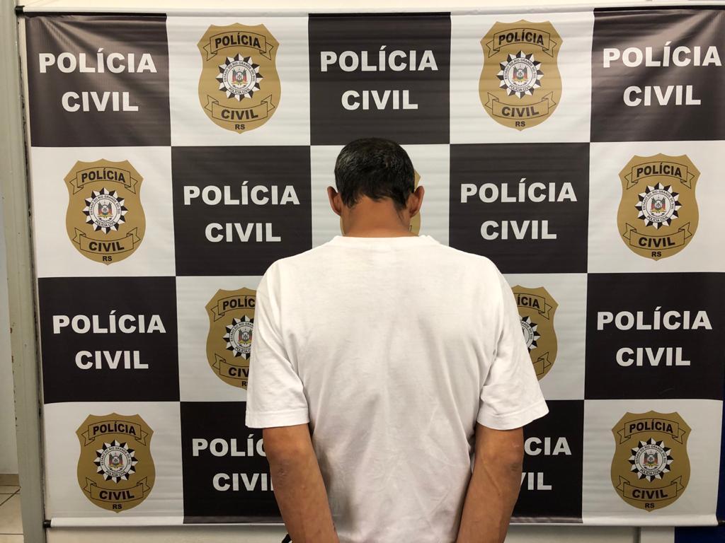 Foragido é preso no bairro Jardelino Ramos em Caxias