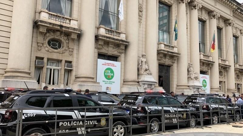Primeiras viaturas semiblindadas na história do RS são entregues à Polícia Civil