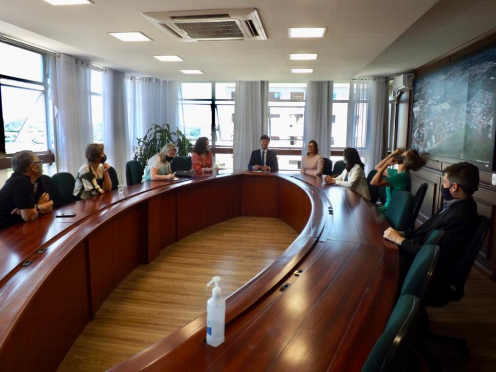 Kirch e Beatriz assumem a Prefeitura de Carlos Barbosa