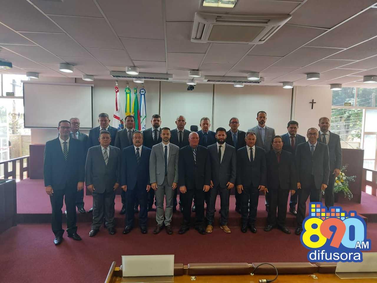 Bento: prefeito, vice e vereadores tomam posse para a gestão 2021-2024