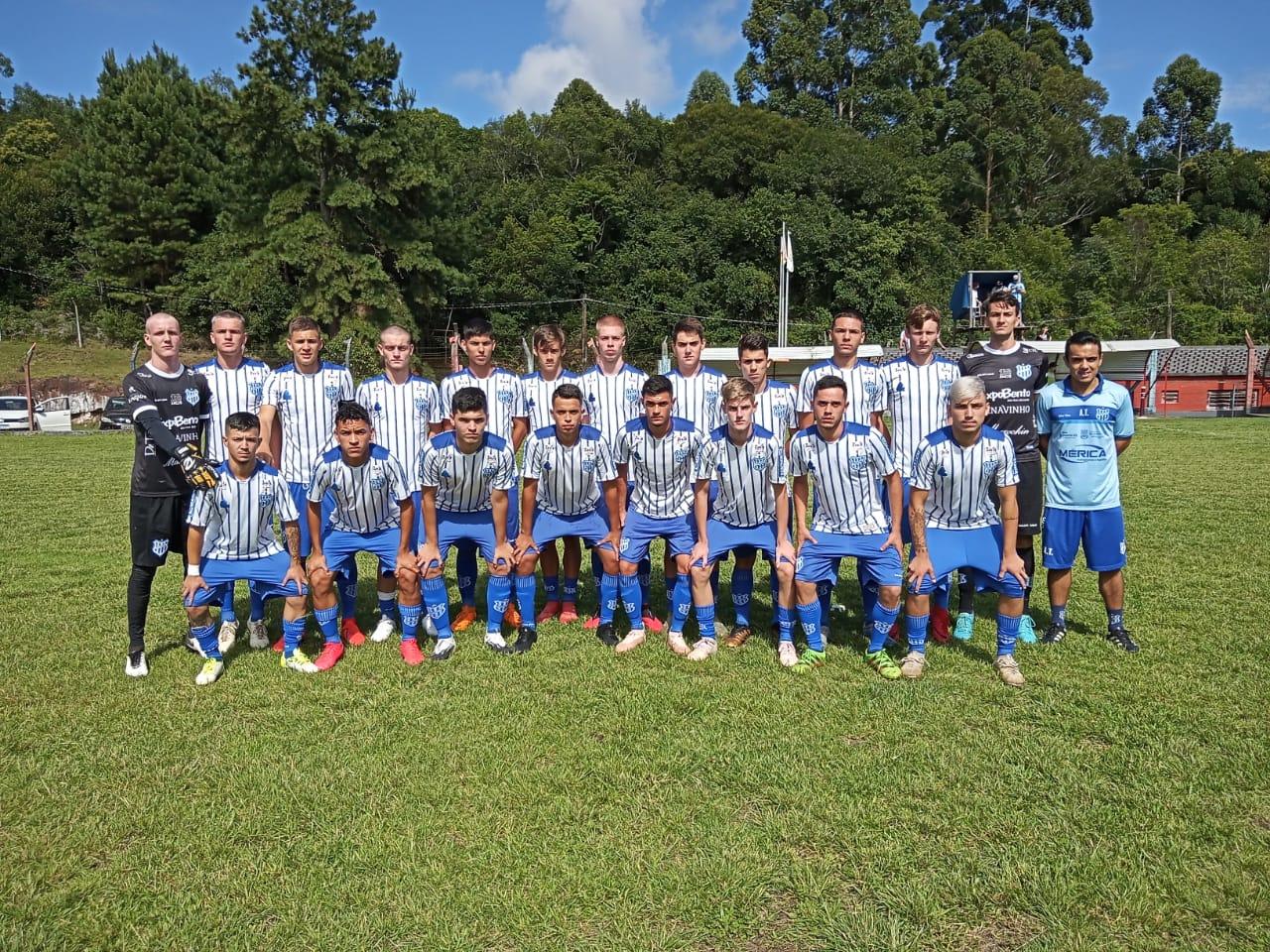 Esportivo vence o Caxias e lidera competições de categorias de base