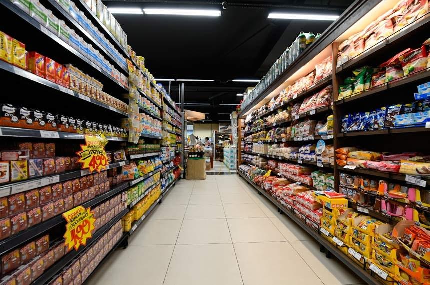 Parlamentares pedem que Tribunal de Contas da União investigue gasto de R$ 1,8 bilhão do governo com alimentos