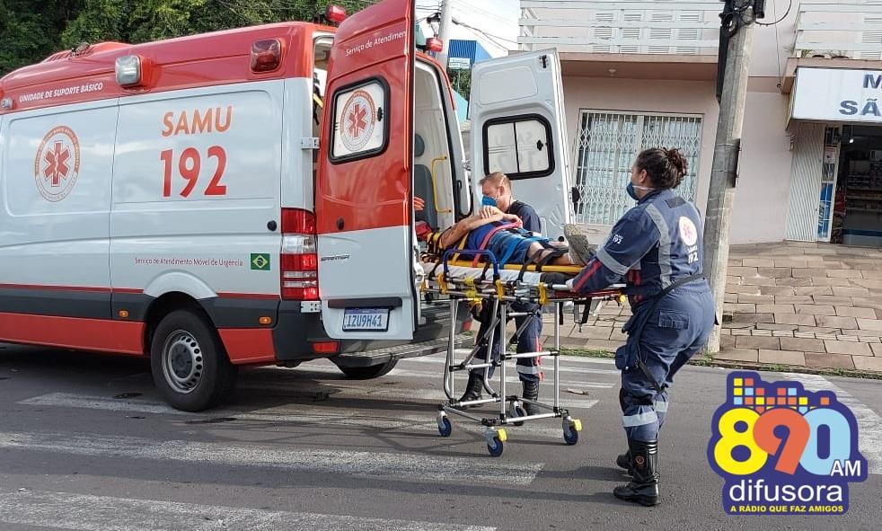 Acidente envolvendo três veículos deixa uma pessoa ferida em Bento