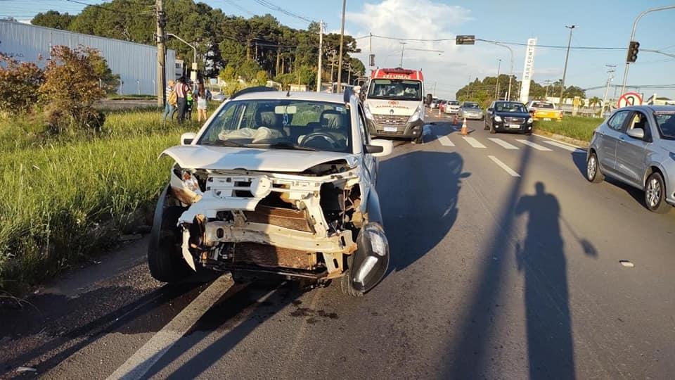Caroneira de motocicleta morre em acidente na RSC-453 em Caxias