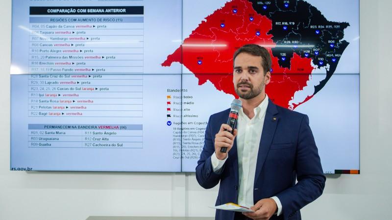 """""""Situação ainda pode se agravar muito nas próximas semanas"""", diz governo do RS em nota à população"""