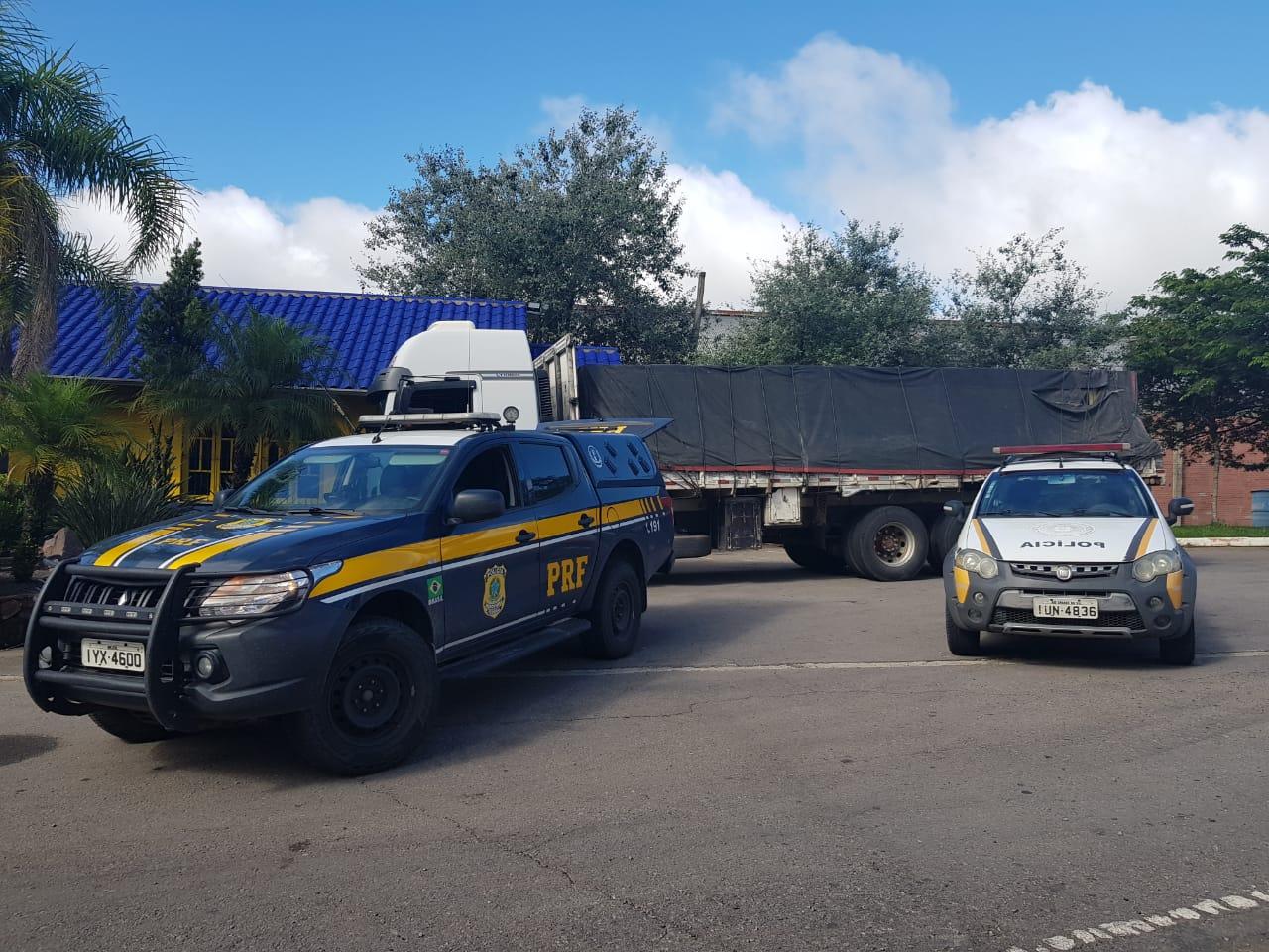 PRF e PRE recuperam em Farroupilha caminhão furtado em Garibaldi