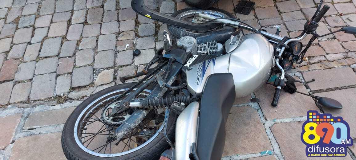 Motociclista fica ferido em acidente no Universitário, em Bento
