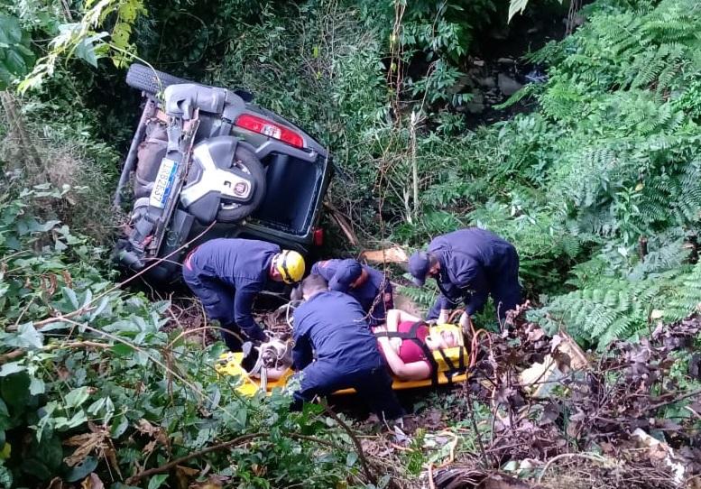 Mulher fica ferida em acidente no bairro Verona em Bento
