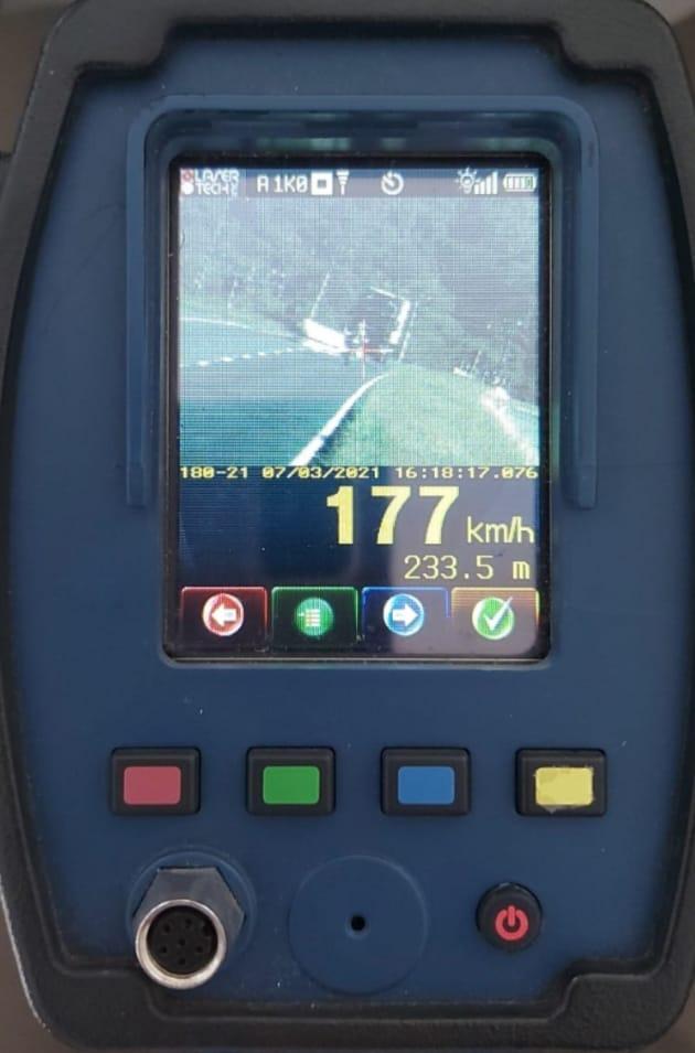 Moto é flagrada à 177 km/h, na ERS-122, em Bom Princípio