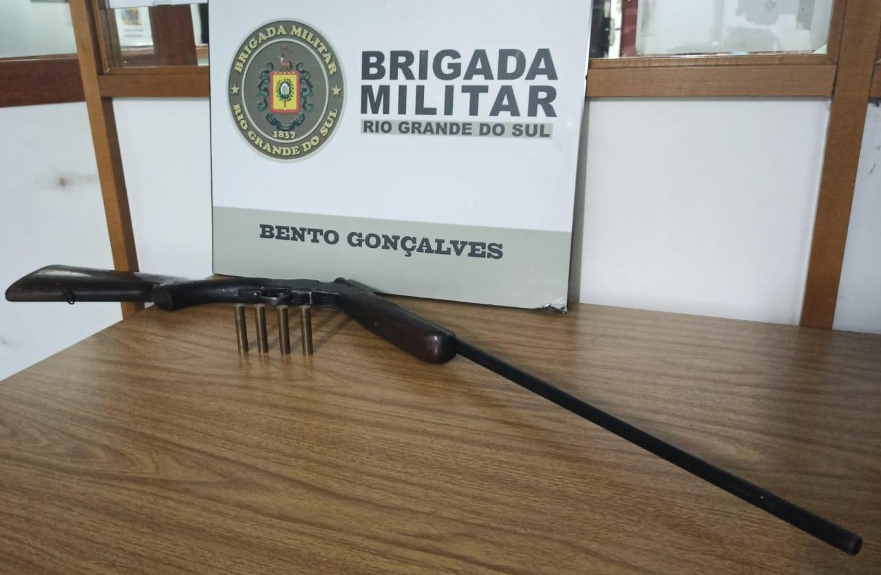 Homem é preso pela Brigada Militar no Maria Goretti em Bento Gonçalves