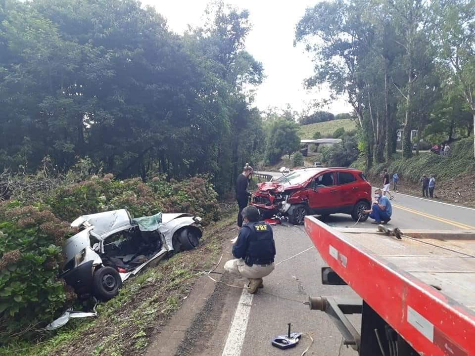 Moradores de Vacaria morrem em acidente na BR-116 em São Marcos
