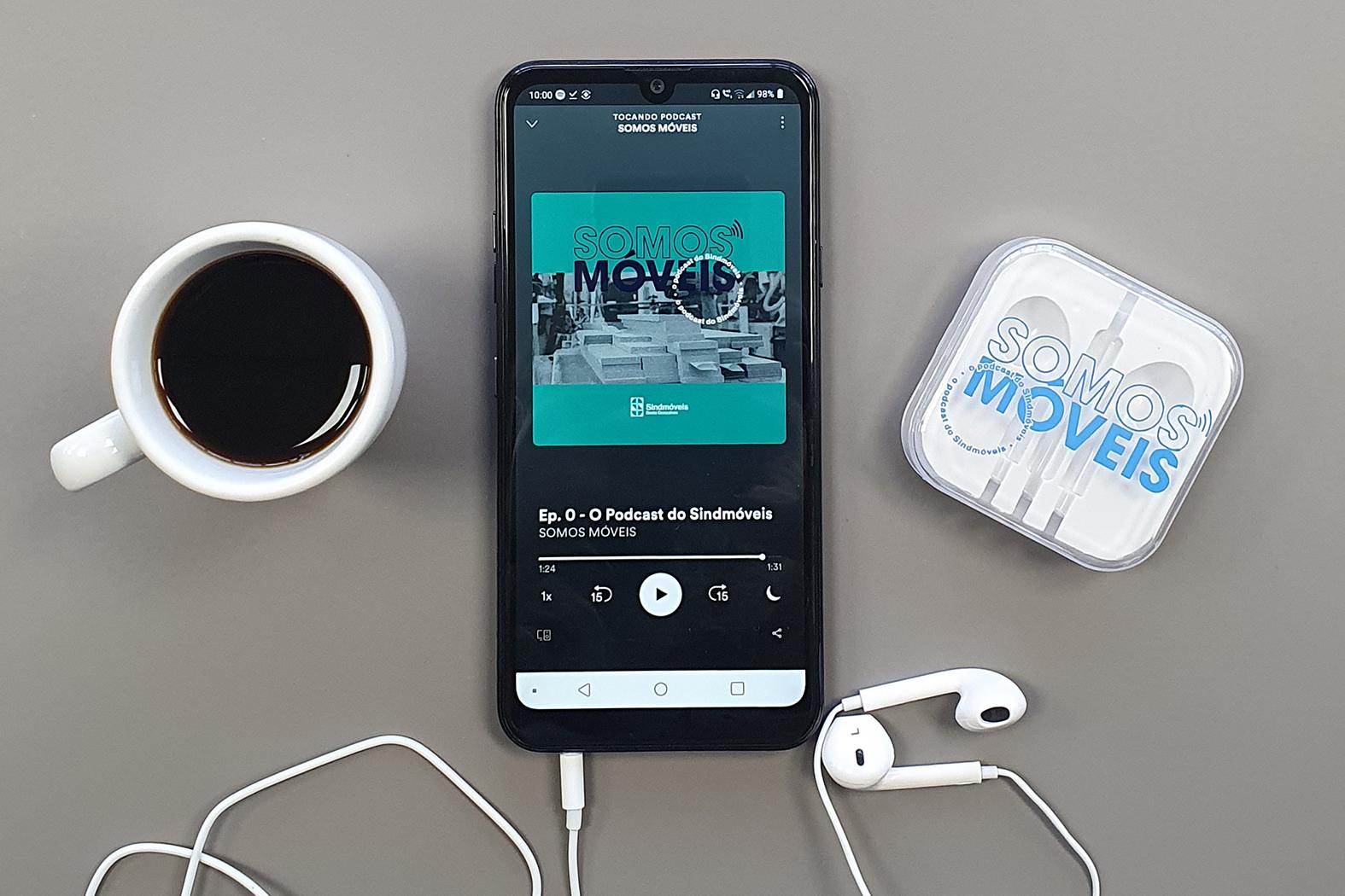 Sindmóveis lança podcast com análise de seus especialistas para temas que impactam o setor moveleiro