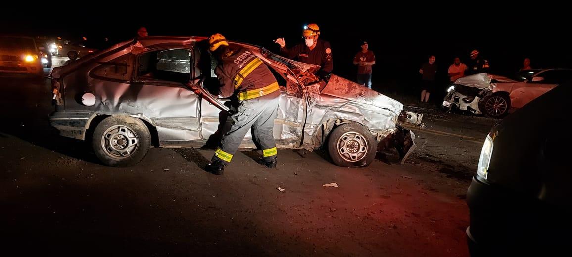 Motorista embriagado se envolve em acidente na BR-470