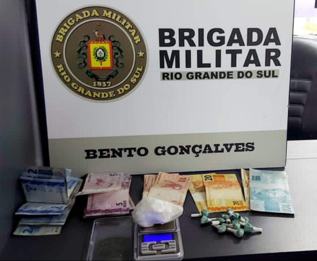 Força Tática prende homem por tráfico de drogas no Tancredo Neves, em Bento