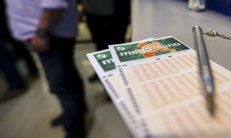 Mega-Sena pode pagar R$ 65 milhões nesta quarta